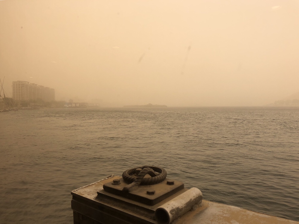 Aswan – sandstorm and a change of plans