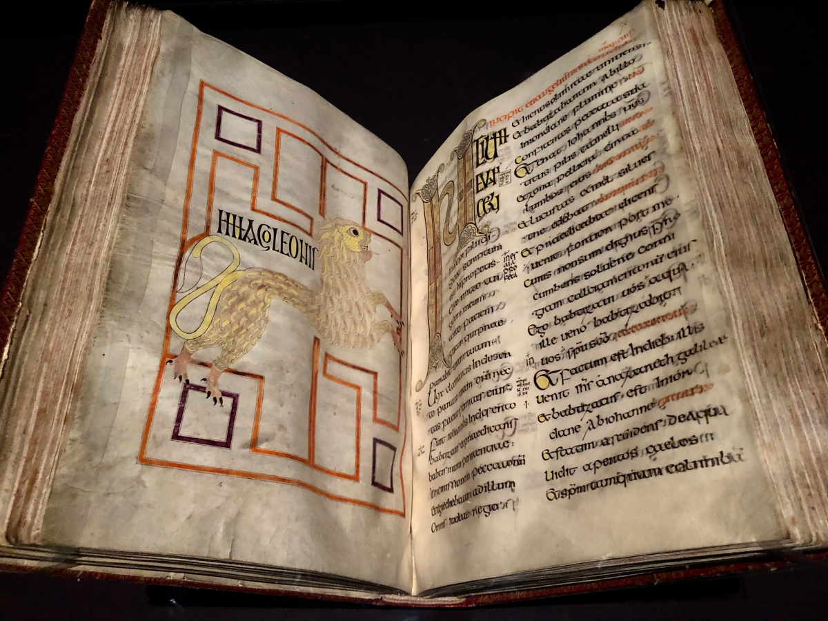 Those ancient Anglo-Saxons made some lovely books...